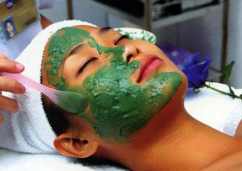 tao-bien-spirulina-hop-2200-vien-japan-algae